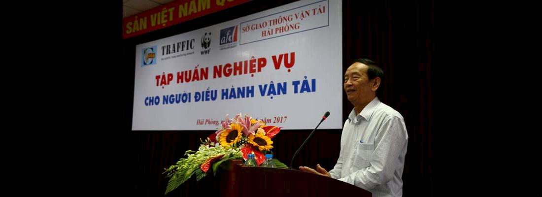 VATA Master Trainer, Nguyen Khanh Toan addresses delegates © TRAFFIC