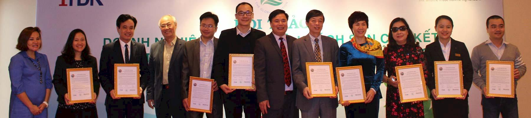 Hanoi: nine businesses today signed pledges to adopt wildlife protection into their CSR policies © TRAFFIC