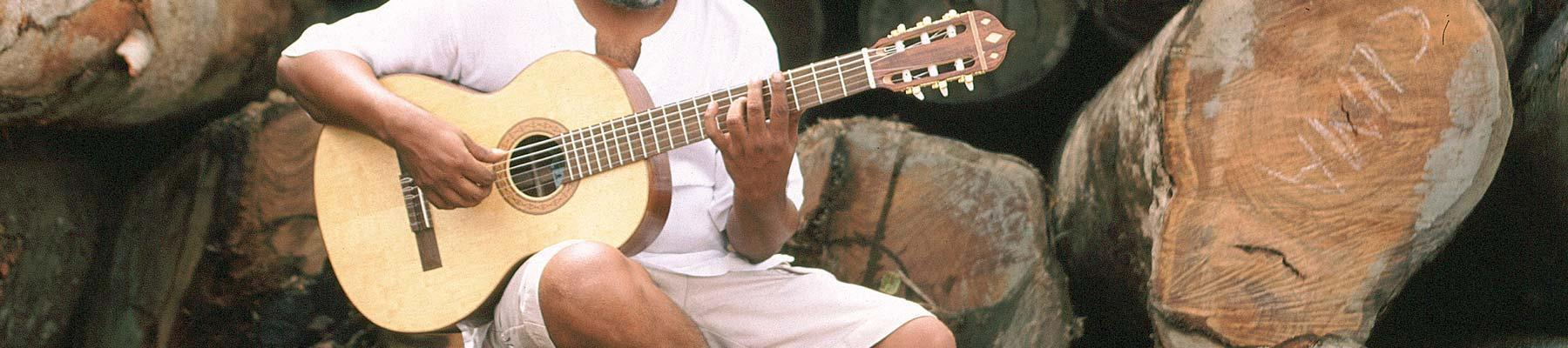 Guitar made from certified timber in Brazil © Edward Parker / WWF